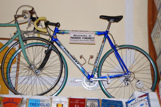 Bicicletta di Maurizio Fondriest donata nel 2011